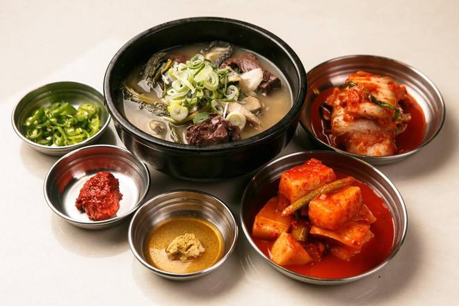 CNN công bố 10 điểm ăn ngon ở Hàn Quốc mà bất cứ du khách nào cũng không nên bỏ qua - Ảnh 7.