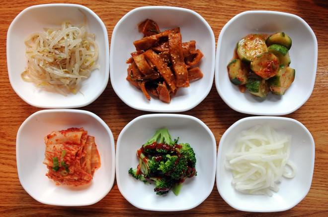 Panchan - món ăn phụ quan trọng làm nên sự hấp dẫn của ẩm thực Hàn Quốc - Ảnh 2.