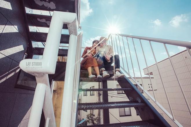 Giữa Tokyo hào nhoáng, có một cặp đôi Việt chụp ảnh cưới với concept bán báo - bán bánh mì - Ảnh 13.
