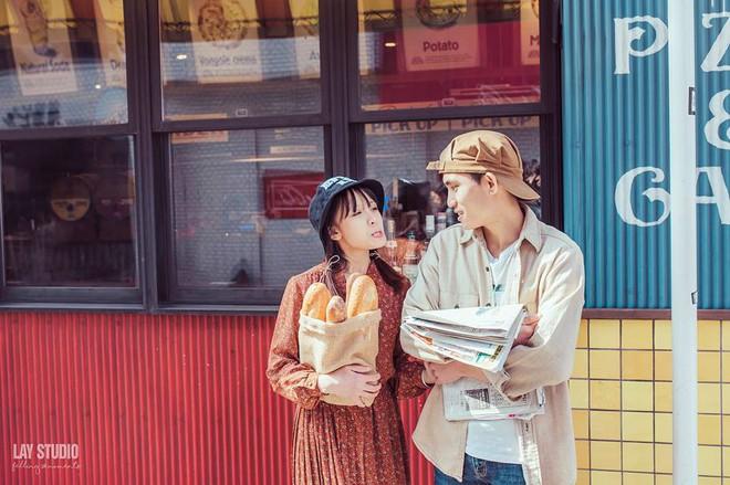 Giữa Tokyo hào nhoáng, có một cặp đôi Việt chụp ảnh cưới với concept bán báo - bán bánh mì - Ảnh 4.