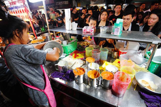 Món ăn cực ngon lại cực rẻ này mà về Việt Nam thì xếp hàng chẳng khác gì bên Thái - Ảnh 3.