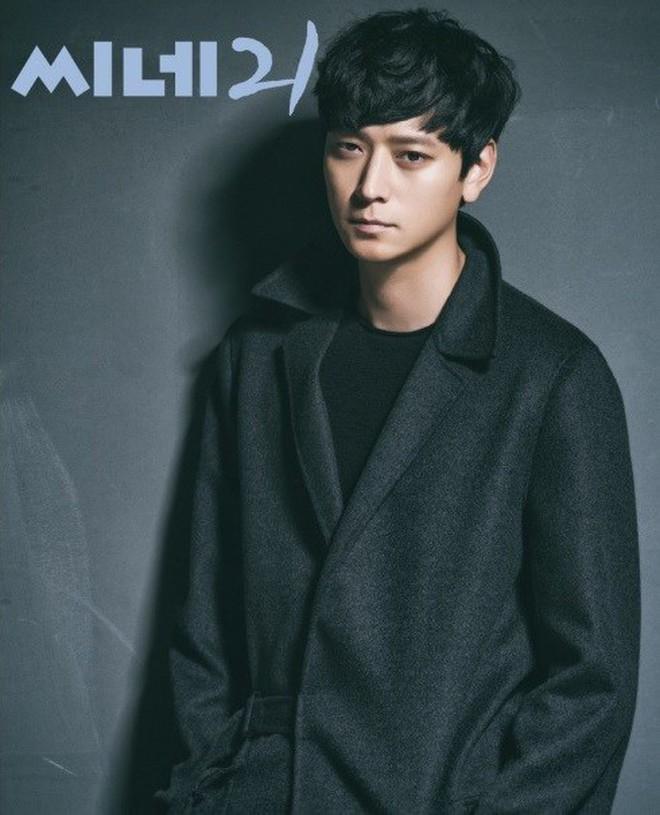 """11 """"ông chú"""" hot nhất màn ảnh Hàn: Đẹp thế này, có là chú thì vẫn muốn gọi """"oppa"""" nhé! - Ảnh 10."""