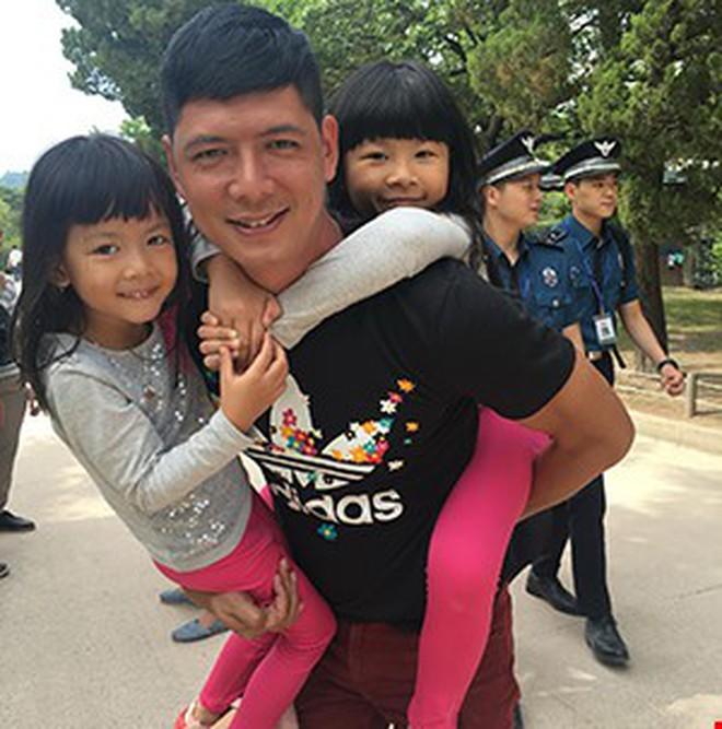 """Sao nam Việt: Từng là soái ca """"sát gái"""" hô biến thành """"ông bố bỉm sữa"""" đảm đang - Ảnh 10."""