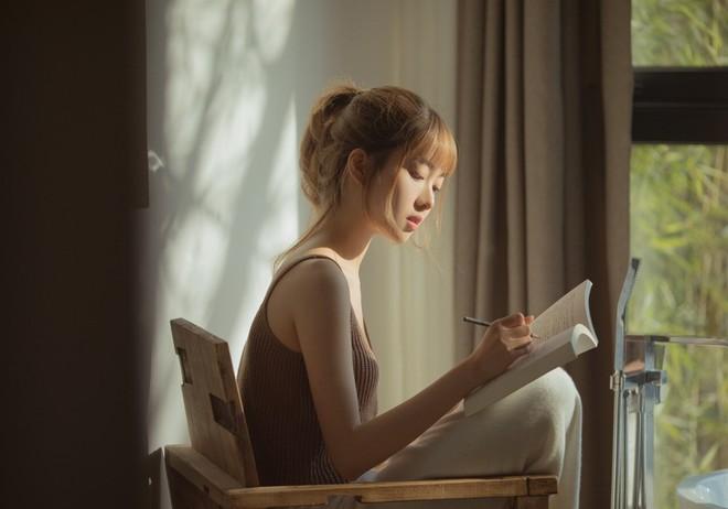 Cô nàng Trung Quốc xinh đến nỗi con trai cứ thi nhau nhận vơ là người yêu - Ảnh 8.