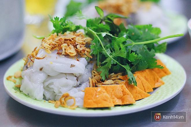 Hàng bánh cuốn lâu năm ở Hà Nội có món nước chấm đặc biệt không hề dùng mắm - Ảnh 10.