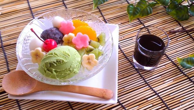 Hè đến nhất định phải thử Anmitsu - món tráng miệng đầy màu sắc từ Nhật Bản - Ảnh 1.