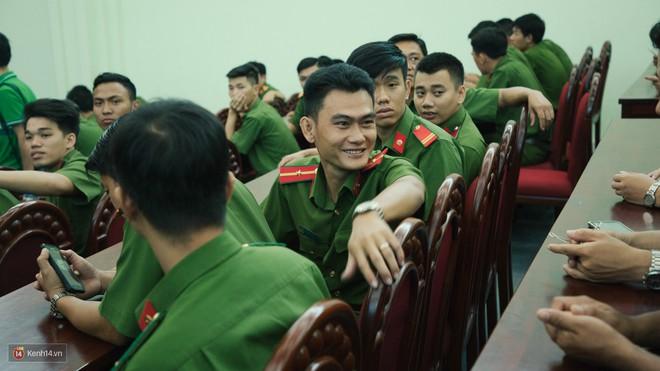 Những người lính PCCC trong vụ Carina: Tụi mình không phải anh hùng. Xin gọi là những chiến sĩ bảo vệ người dân thôi - Ảnh 8.