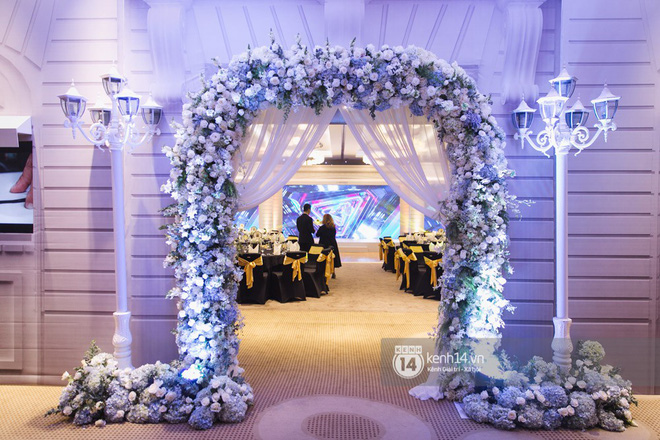 Bố mẹ hai bên gia đình có mặt đông đủ trong đám cưới của biên đạo John Huy Trần và bạn trai Nhiệm Huỳnh - Ảnh 10.