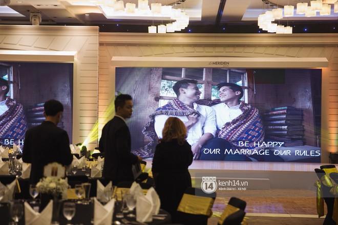 Bố mẹ hai bên gia đình có mặt đông đủ trong đám cưới của biên đạo John Huy Trần và bạn trai Nhiệm Huỳnh - Ảnh 13.