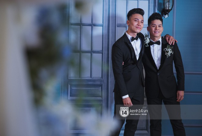 Nước mắt đã rơi trong đám cưới John Huy Trần và bạn trai, nhưng mở ra những ngày tháng hạnh phúc sau 9 năm yêu bền bỉ - Ảnh 10.