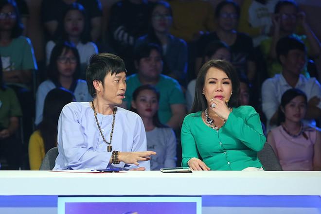 Người bí ẩn: Việt Hương, Jun Phạm rơi nước mắt vì anh chàng hát rong - Ảnh 4.