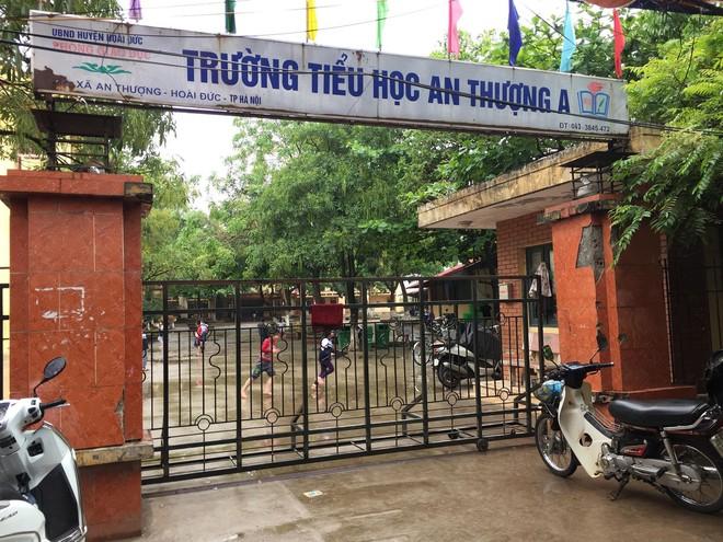 Bắt khẩn cấp thầy giáo bị tố dâm ô nhiều nữ sinh lớp 3 ở Hà Nội - Ảnh 1.