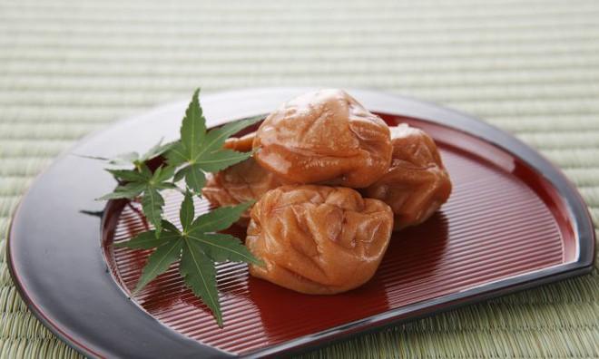 Mơ muối Umeboshi - một nét chấm phá độc đáo trong suốt chiều dài lịch sử ẩm thực Nhật Bản - Ảnh 6.