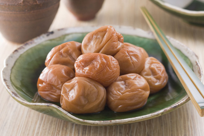 Mơ muối Umeboshi - một nét chấm phá độc đáo trong suốt chiều dài lịch sử ẩm thực Nhật Bản - Ảnh 4.