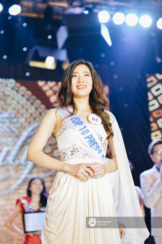 Gặp cô bạn cao 1m75 vừa đạt Hoa khôi Báo chí 2018, được BGK đánh giá rất hợp để thi Hoa hậu! - Ảnh 1.