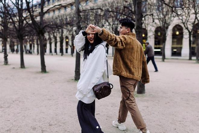 Xem Châu Bùi và Decao dạo chơi ở Paris mà chỉ muốn thốt lên: Vừa tình vừa chất là đây chứ đâu! - Ảnh 1.
