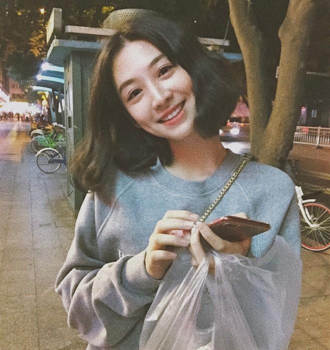 """Cô bạn Trung Quốc được mệnh danh """"hot girl má lúm"""" vì xinh như búp bê - Ảnh 5."""