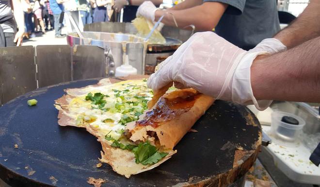 Dạo quanh đường phố Ấn Độ khám phá ra một loạt món ăn vô cùng hấp dẫn - Ảnh 6.