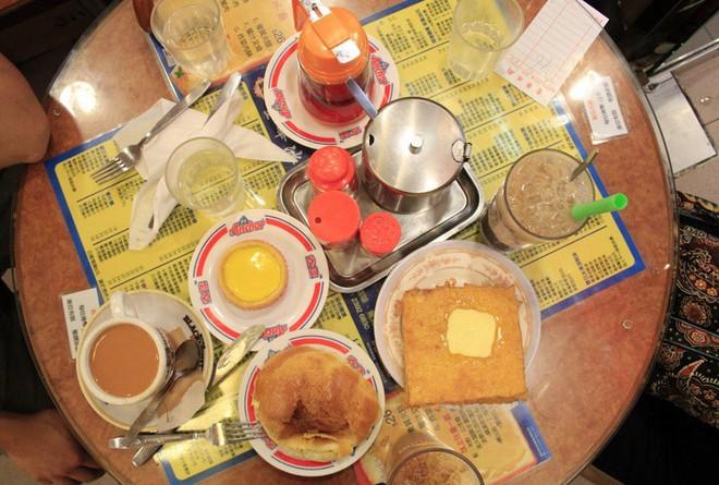 Đến Hồng Kông nhất định phải thử món trà tất da chân độc đáo - Ảnh 9.