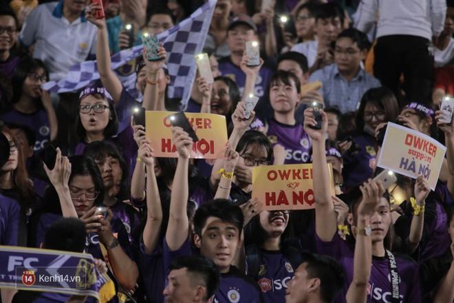Fandom quốc dân của U23 Việt Nam hừng hực khí thế cổ vũ cho đại chiến Hà Nội - HAGL - Ảnh 8.