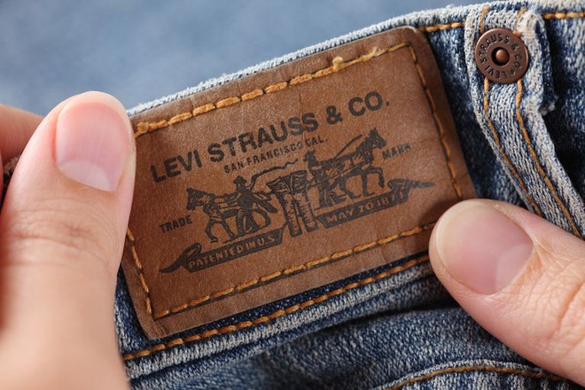 90% người mặc quần jeans đều không biết miếng da đằng sau cạp quần có công dụng gì - Ảnh 3.