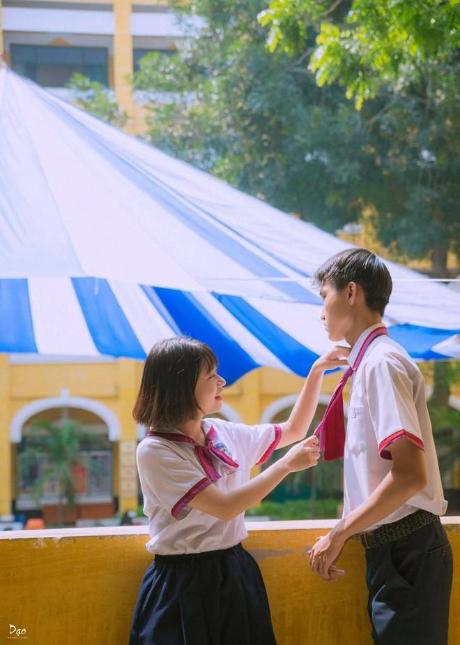 """Tan chảy với bộ ảnh """"Gửi thời đẹp đẽ đơn thuần của chúng ta"""" phiên bản Việt của cặp đôi trường Trưng Vương - Ảnh 9."""
