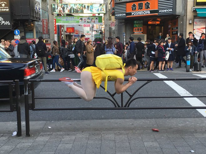 Thanh niên nổi tiếng khắp MXH Nhật Bản vì sở thích mặc đồ múa ballet ra đường - Ảnh 2.