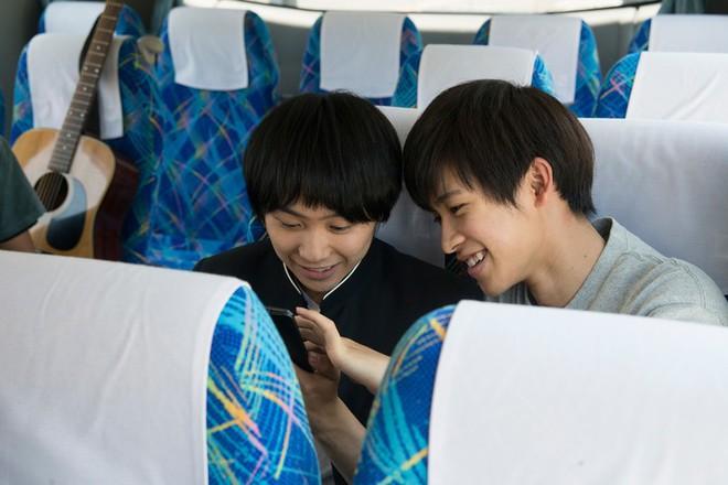 Xiêu lòng vì Love, Simon? Đừng bỏ lỡ 12 phim cực hay về tình yêu giữa các chàng trai Nhật - Ảnh 10.