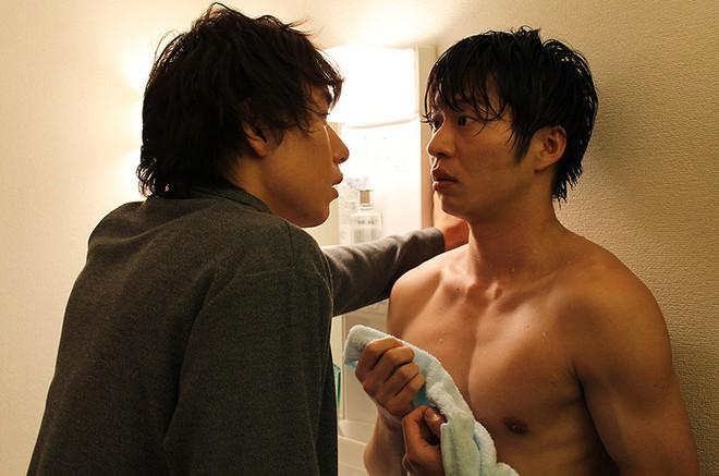 Xiêu lòng vì Love, Simon? Đừng bỏ lỡ 12 phim cực hay về tình yêu giữa các chàng trai Nhật - Ảnh 23.