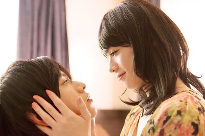 Xiêu lòng vì Love, Simon? Đừng bỏ lỡ 12 phim cực hay về tình yêu giữa các chàng trai Nhật - Ảnh 5.