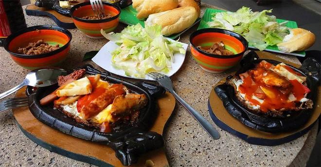 Nếu bạn là tín đồ của các món ăn từ thịt bò thì nhất định đừng bỏ qua các món này ở Sài Gòn - Ảnh 5.