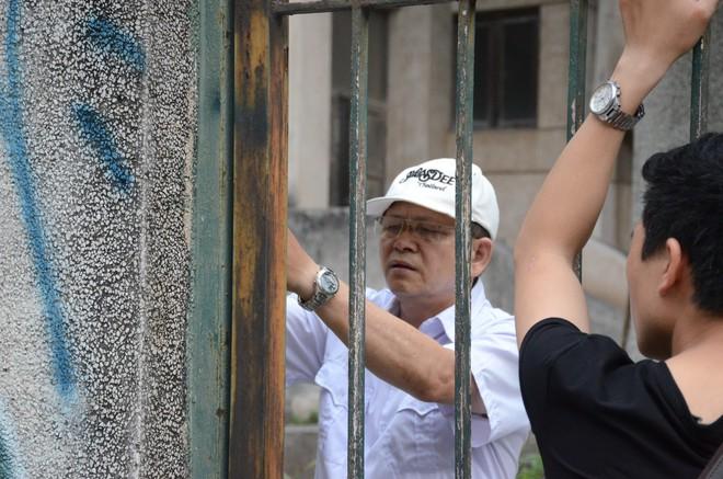 Người bảo vệ canh giữ ngôi nhà 300 Kim Mã bị bỏ hoang suốt 27 năm tiết lộ về thông tin ngôi nhà có ma - Ảnh 5.