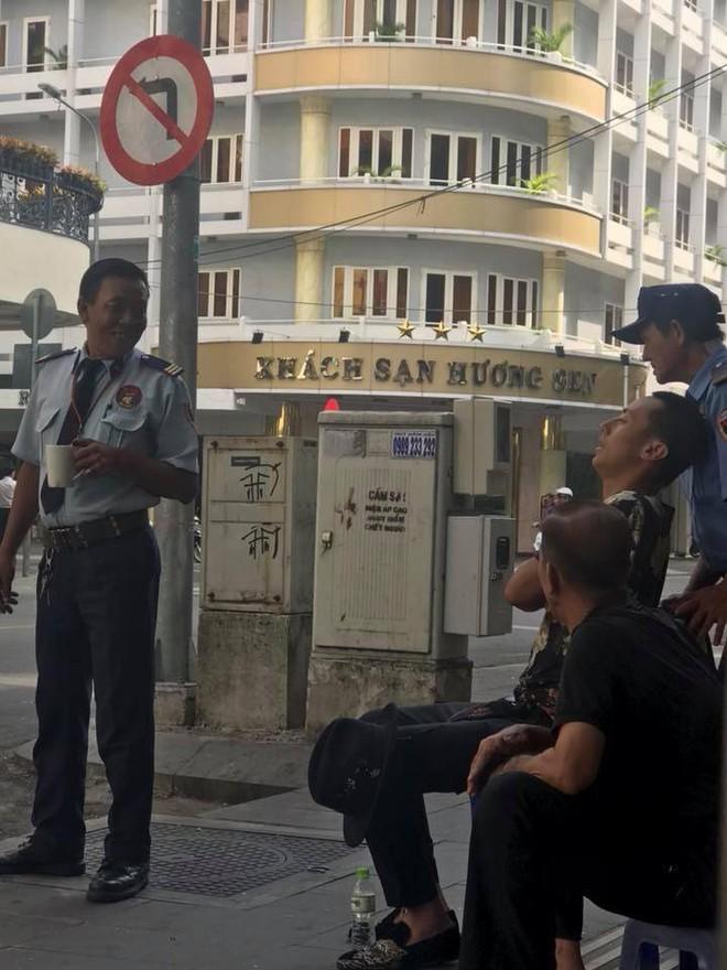 Xuất hiện clip Rocker Nguyễn gầy gò, xuống sắc không nhận ra - Ảnh 8.