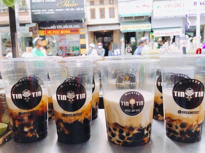 Điểm danh những quán sữa tươi trân châu đường đen chỉ từ 15k ở Sài Gòn - Ảnh 1.