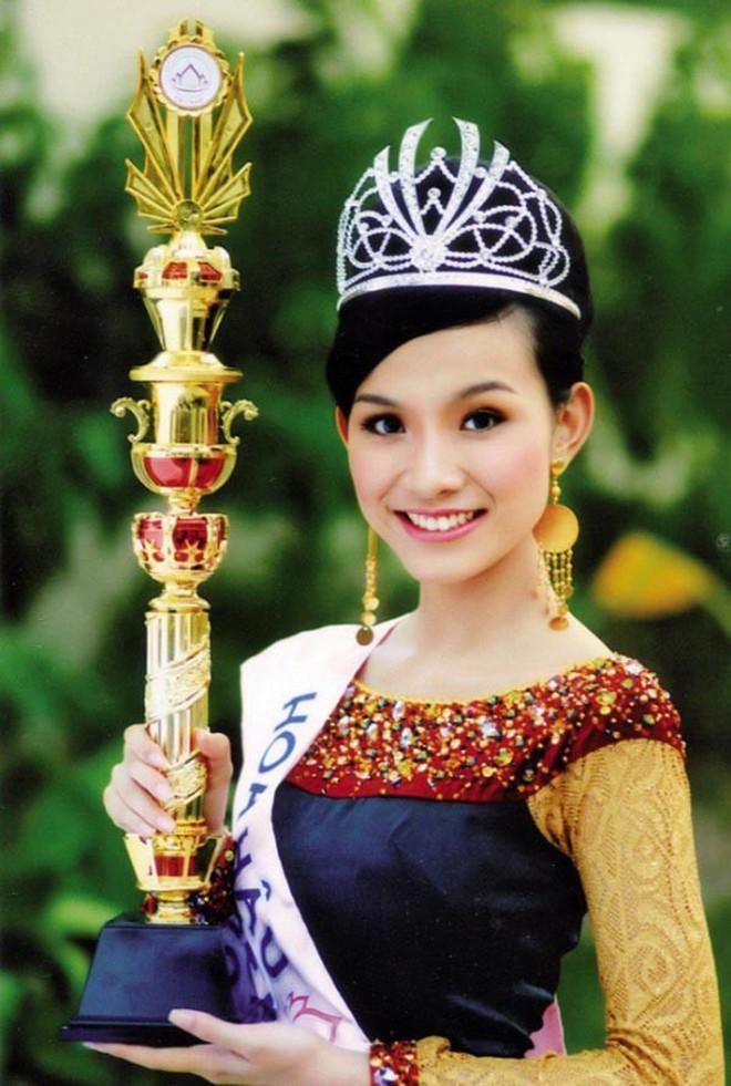 Nhan sắc và cuộc sống kín tiếng của Hoa hậu Hoàn vÅ© Việt Nam đầu tiên sau 10 năm đăng quang - Ảnh 1.