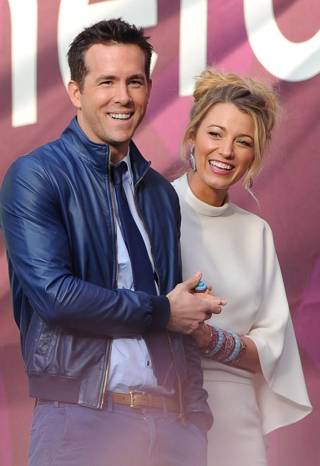Vợ chồng Deadpool Ryan Reynolds và câu chuyện từ tình bạn thành tình yêu đẹp như trong phim - Ảnh 1.
