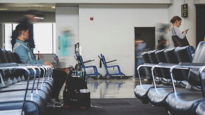 """Hóa ra sân bay dẫn hành khách bước vào cửa hiệu đắt đỏ bằng những cách """"thủ thuật"""" này đây - Ảnh 4."""