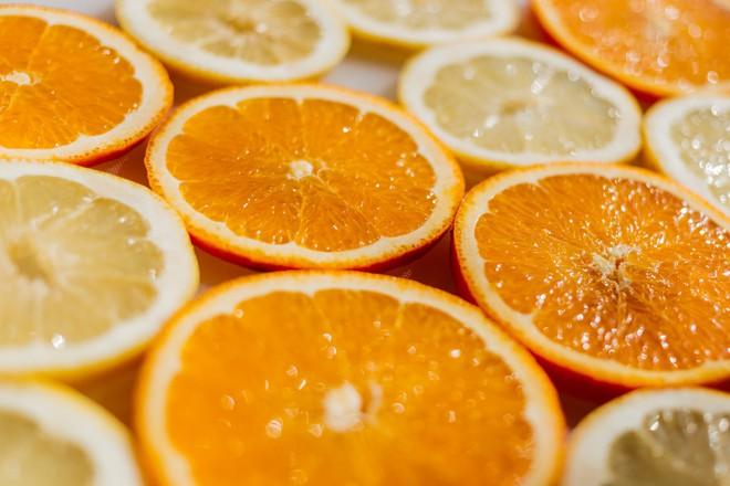 Muốn làn da căng bóng như sao Hàn thì hãy mau bổ sung những loại thực phẩm này - Ảnh 2.