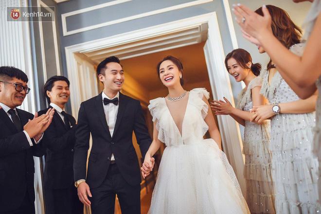 Chung Hân Đồng: 10 năm chờ đợi 1 đám cưới, đặt cược tình yêu với bao kẻ đón người đưa - Ảnh 13.
