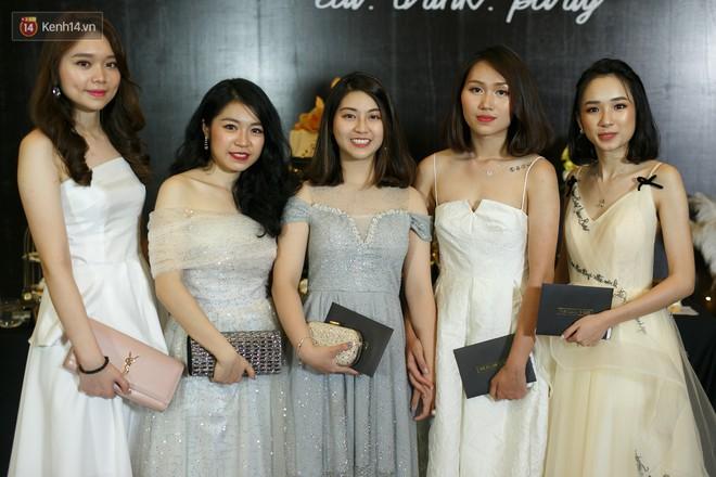 Prom của trường con nhà giàu RMIT: Đã mắt ngắm các bạn trẻ lên đồ sang chảnh hết nấc - Ảnh 8.
