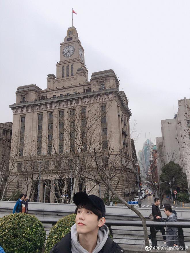 Trai đẹp Trung Quốc với ánh mắt hỡ hững làm chị em chỉ muốn nhảy lên xe ngồi cạnh ngay và luôn - Ảnh 6.