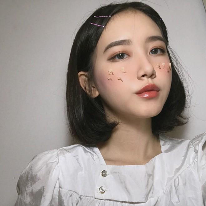 Cô bạn 19 tuổi đến từ Nha Trang sở hữu thần thái chẳng khác nào các hot girl đình đám - Ảnh 4.