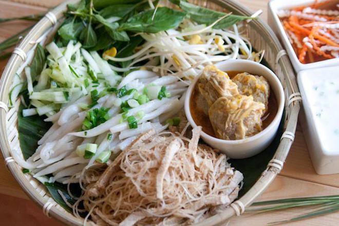 Để ý mới thấy Sài Gòn có rất nhiều món bánh miền Tây gây thương nhớ cho thực khách - Ảnh 7.