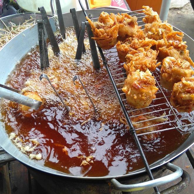 Để ý mới thấy Sài Gòn có rất nhiều món bánh miền Tây gây thương nhớ cho thực khách - Ảnh 11.
