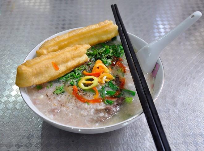 Đón chào ngày mưa bằng vô vàn các món cháo Sài Gòn cực kì hấp dẫn - Ảnh 2.
