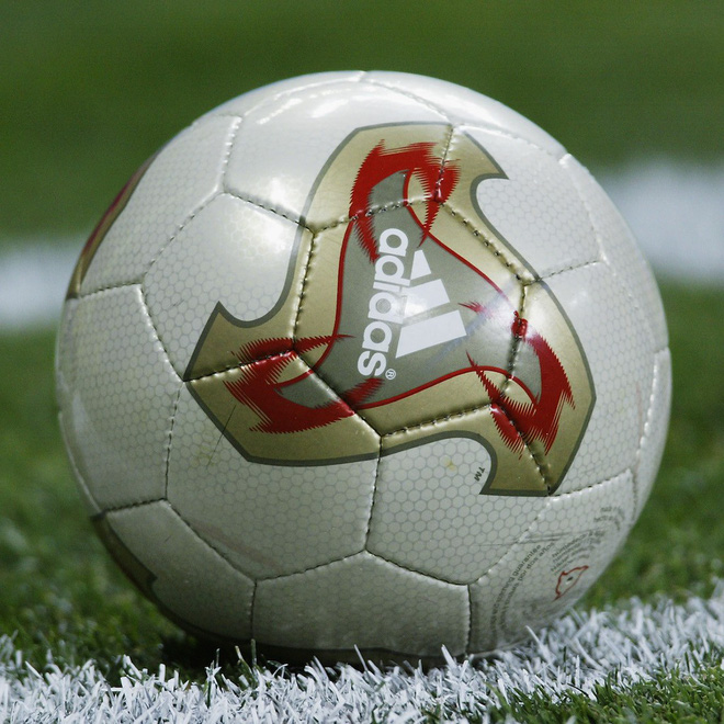 Đây là những quả bóng được dùng trong lịch sử World Cup, xem muốn xỉu vì quả bóng đầu tiên - Ảnh 17.
