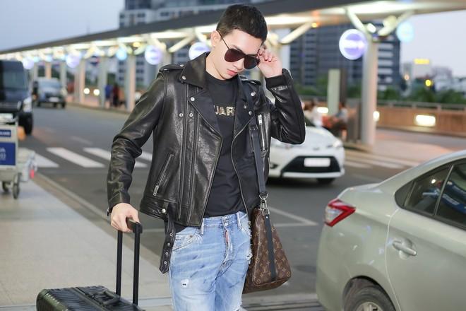 Võ Cảnh diện nguyên cây hàng hiệu, xuất hiện điển trai tại sân bay sang Ý dự Milan Fashion Week - Ảnh 6.