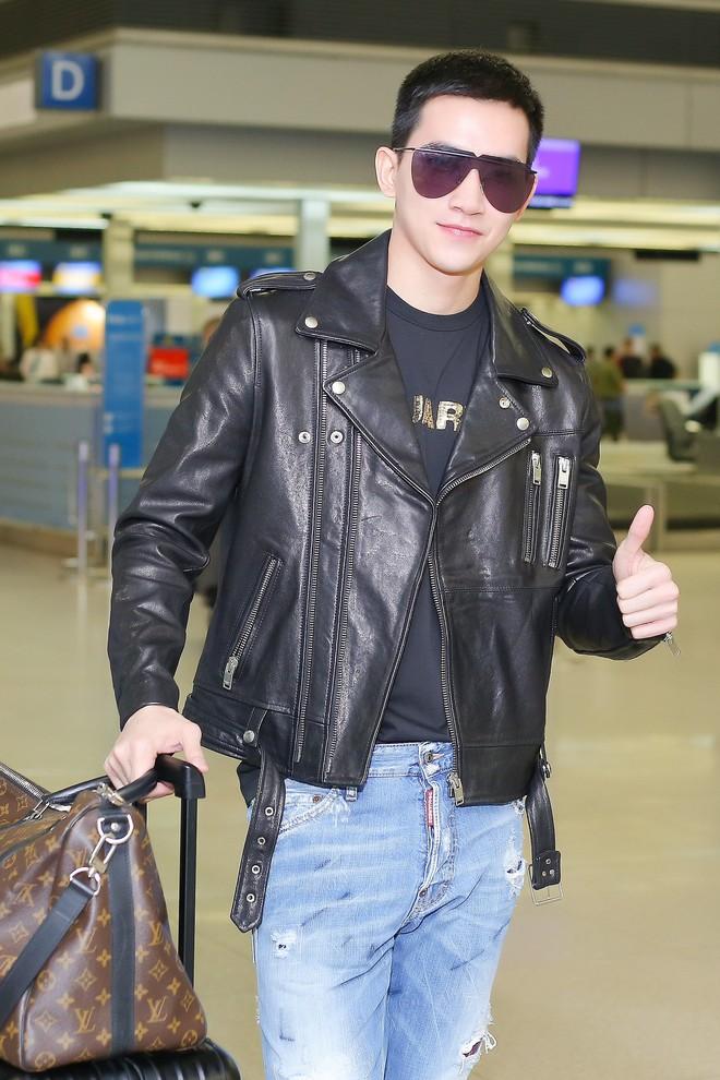 Võ Cảnh diện nguyên cây hàng hiệu, xuất hiện điển trai tại sân bay sang Ý dự Milan Fashion Week - Ảnh 10.