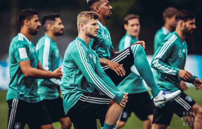 Đội tuyển Đức ra quân chính là động lực cho chị em xem bóng đá - ảnh 3