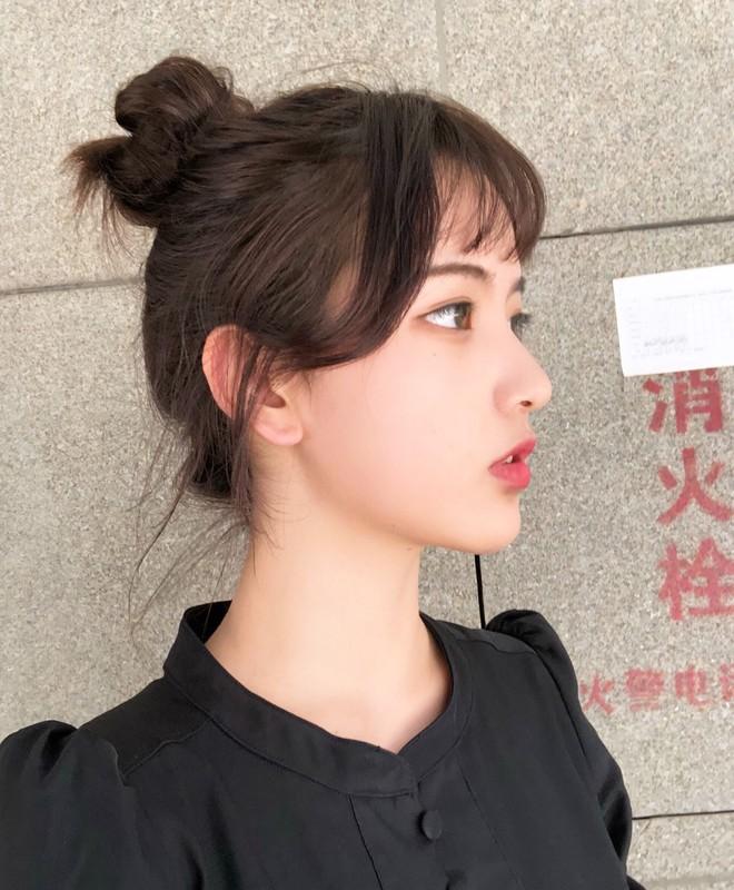 """Nữ sinh 21 tuổi được mệnh danh """"IU phiên bản Trung"""" khiến cả con trai lẫn con gái xin gia nhập fanclub - Ảnh 4."""